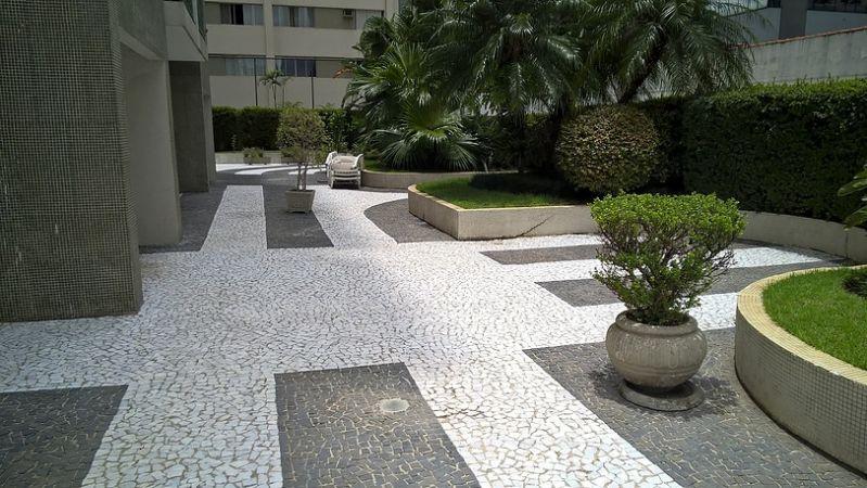Limpeza de Pedra Preço Arujá - Limpeza de Pedra de Jardim