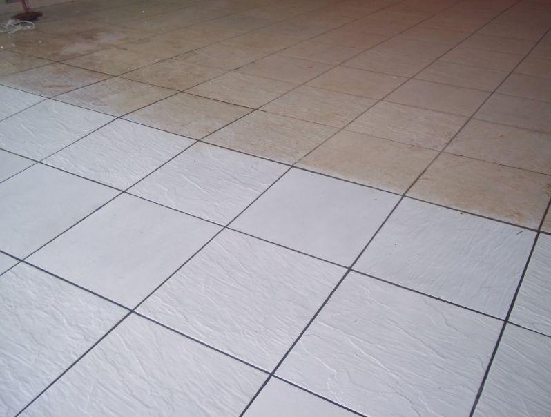Limpeza de Piso de Porcelanato Residencial Novo Mundo - Empresa de Limpeza de Piso
