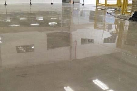 Manutenção em Piso de Concreto Preço Residencial Doze - Polimento de Concreto