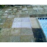 polir piso de pedra